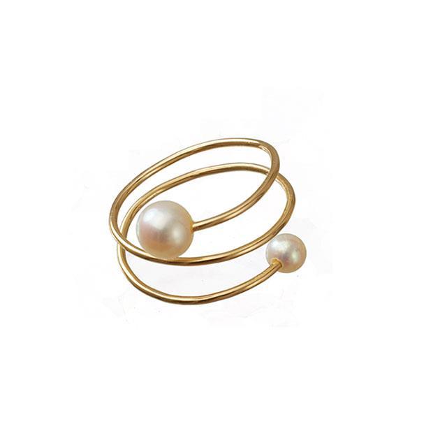 Spiral-Fingerring mit Perlen weiss