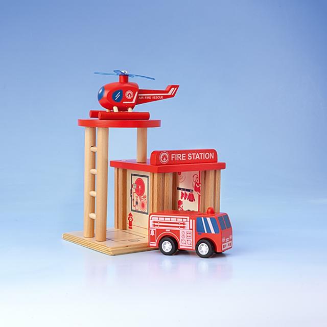 Holzeisenbahn Feuerwehr-Stützpunkt