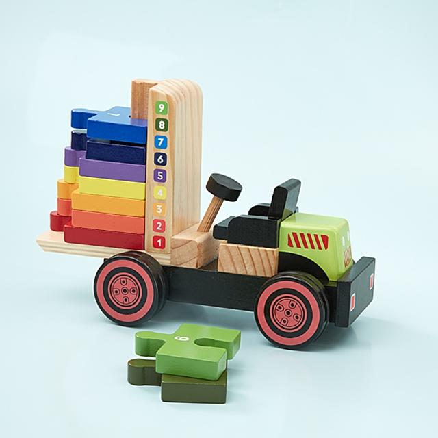 Spiel-und Lernstapler aus Holz